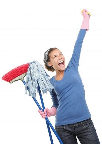 Top 5 housecleaning workout songs christina chitwood for Music to clean to