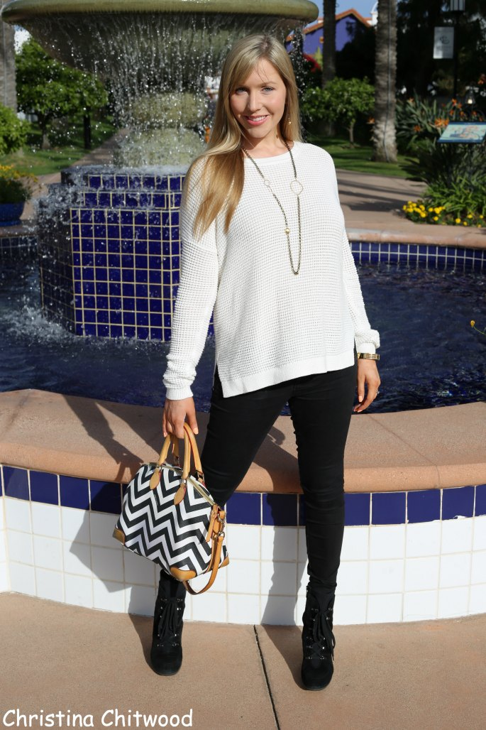 Year-Round Black and White Fashion Look