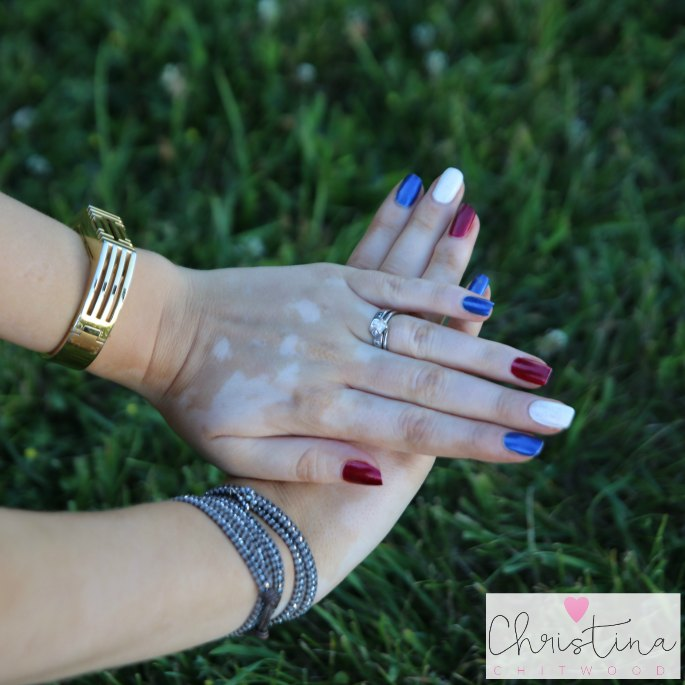 Quick and Easy DIY Red, White, and Blue Sparkle Nails - Manicure