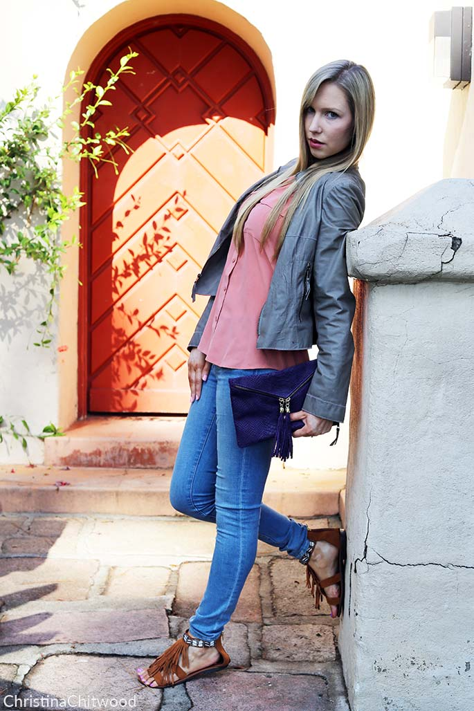 Silk Equipment Top, Frame Denim Jeans, Illia Leather Jacket, Giulia Massari Handbag, and Steve Madden Shoes - 4