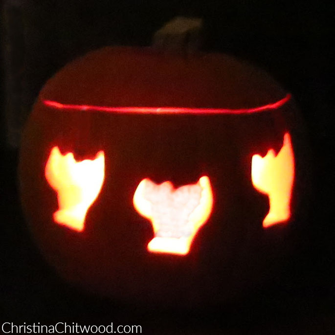 How to Make Super-Easy Pumpkin Carvings with One Simple Trick - 3