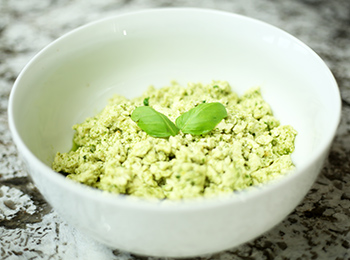 Vegan Pesto Scramble {Dr. Seuss Inspired Green Eggs}